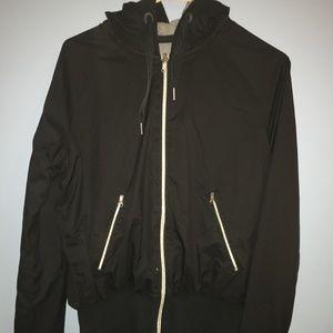 Lulu-lemon black and grey sweatshirt